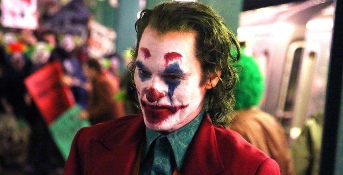Новый «Джокер» будет кровавым, а Бэтмену придётся противостоять нескольким злодеям