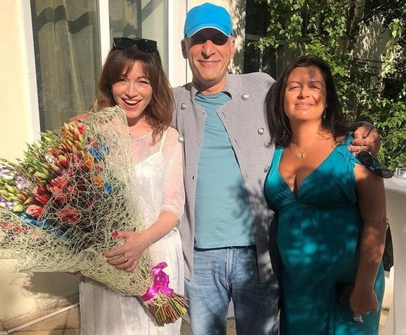 Беременная Маргарита Симоньян повеселилась на празднике с бывшей женой своего мужа Тиграна Кеосаяна