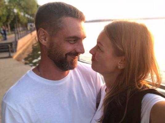 Звёзды российский сериалов Евгения Лоза и Антон Батырев поженились