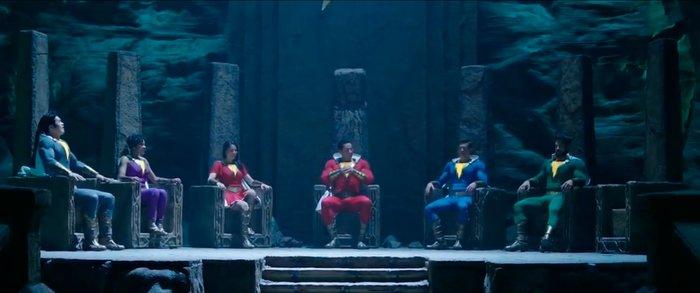 В вырезанной из «Шазама» сцене есть место для Чёрного Адама