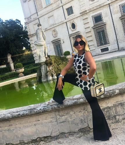 """Жена Гарика Мартиросяна: """"Я точно сяду на шпагат. Волочкова умрёт от зависти"""""""