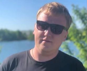 """Умер 29-летний щеф-редактор шоу """"Пусть говорят"""" Денис Коновалов"""