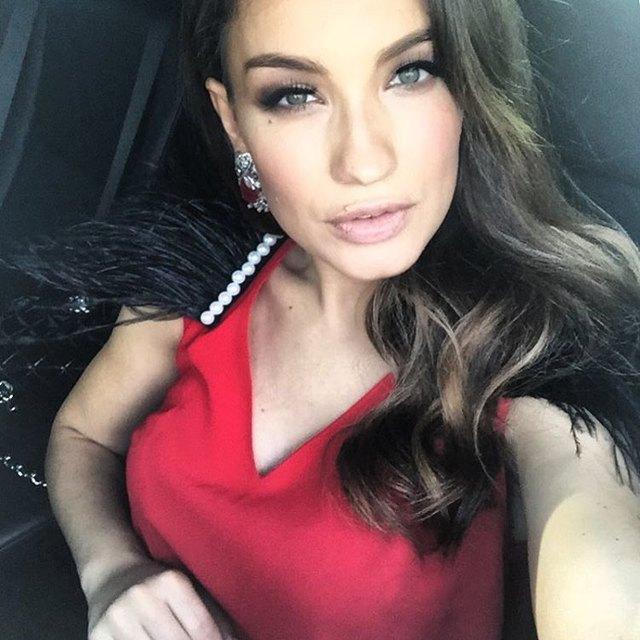 Виктория Дайнеко осудила чрезмерную откровенность, опубликовав эротичный снимок в ванной