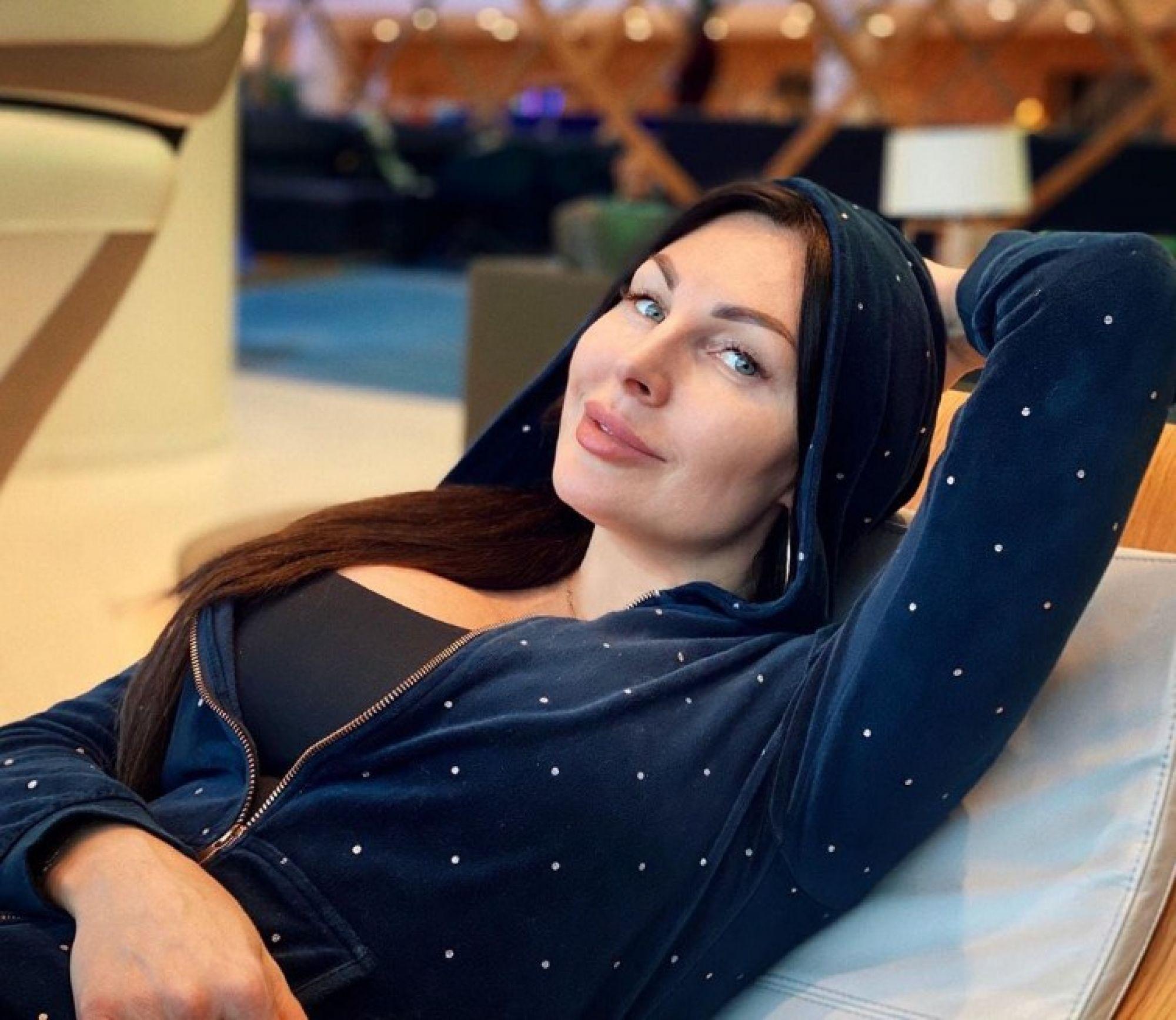 Оправившаяся после судебных тяжб Наталья Бочкарёва порадовала поклонников горячим фото без бюстгальтера