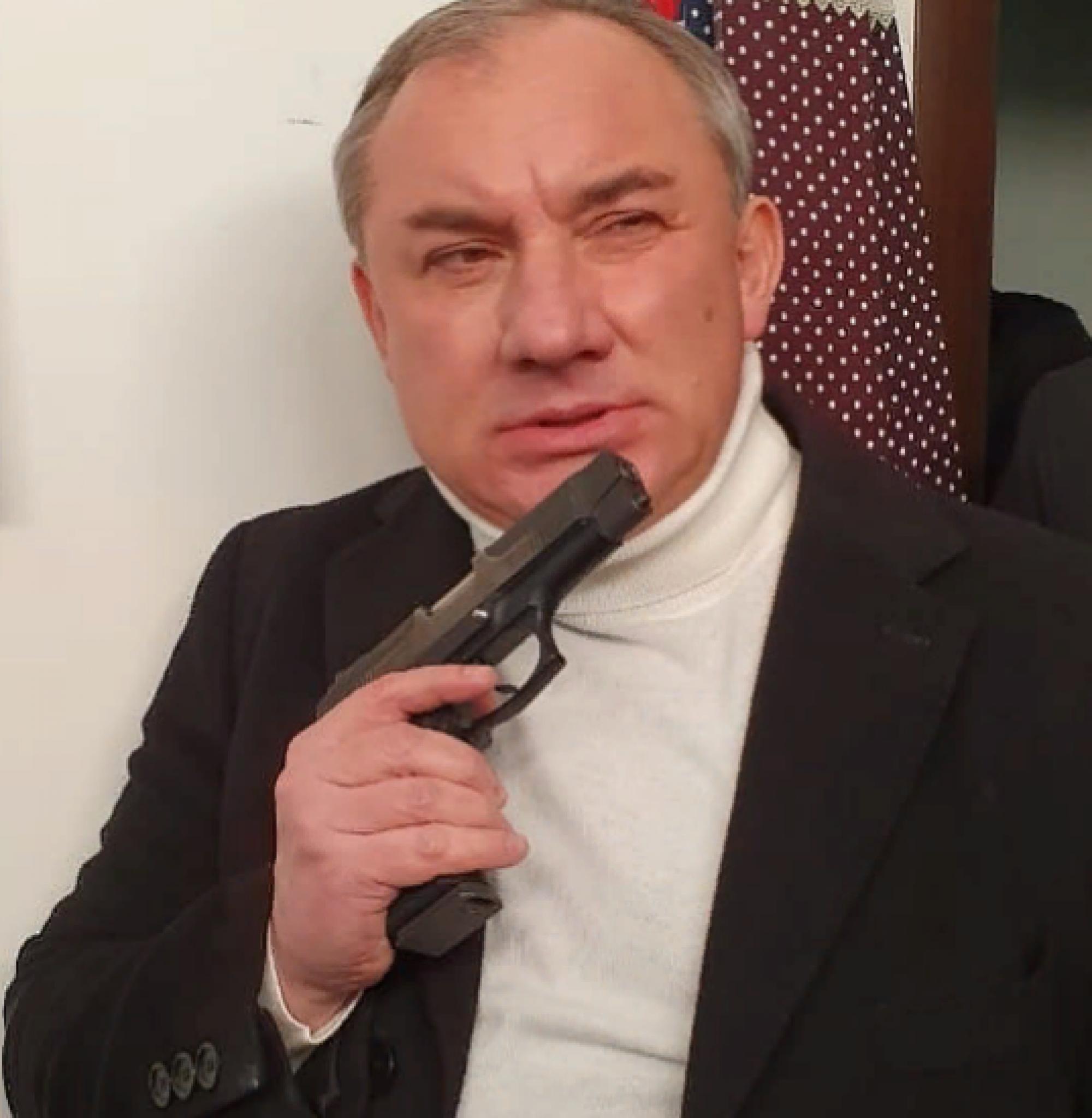 «Кто этот лысый дяденька?»: фанаты шокированы внешним видом Николая Фоменко (фото)