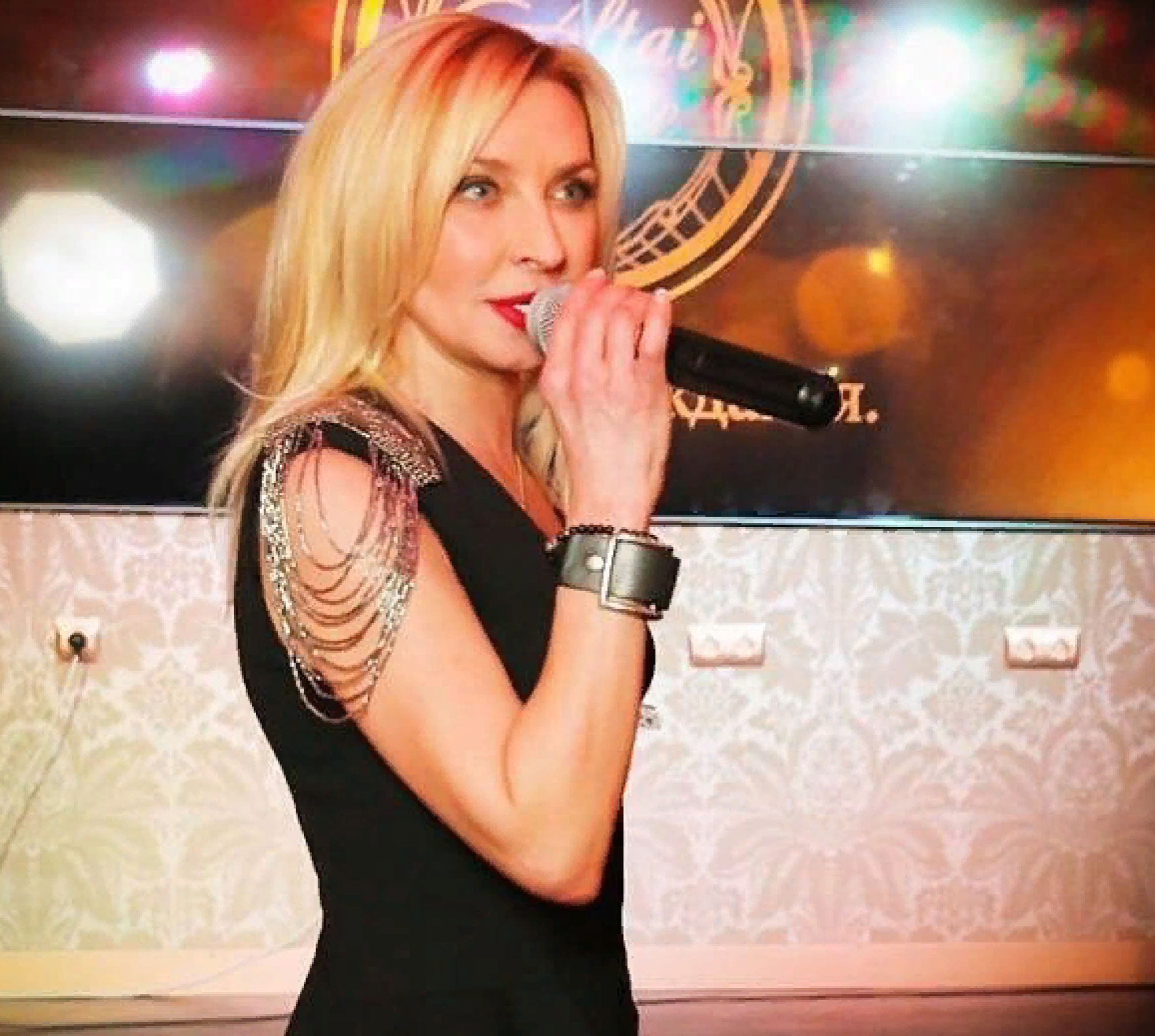 «Овсиенко превращается в бабку»: подписчиков шокировал внешний вид певицы
