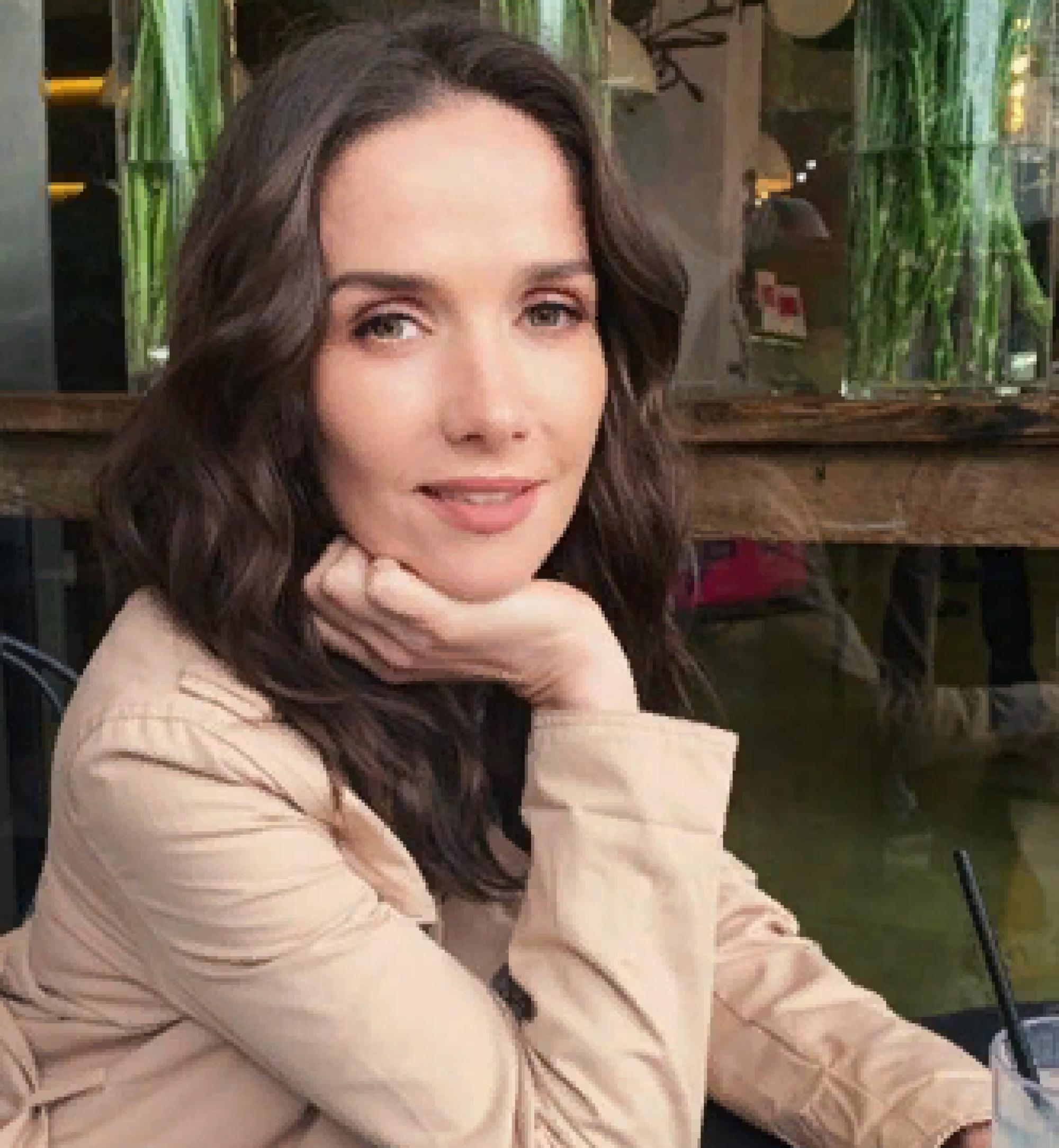 «С Днём Победы!»: Наталия Орейро поздравила россиян военной песней на русском языке