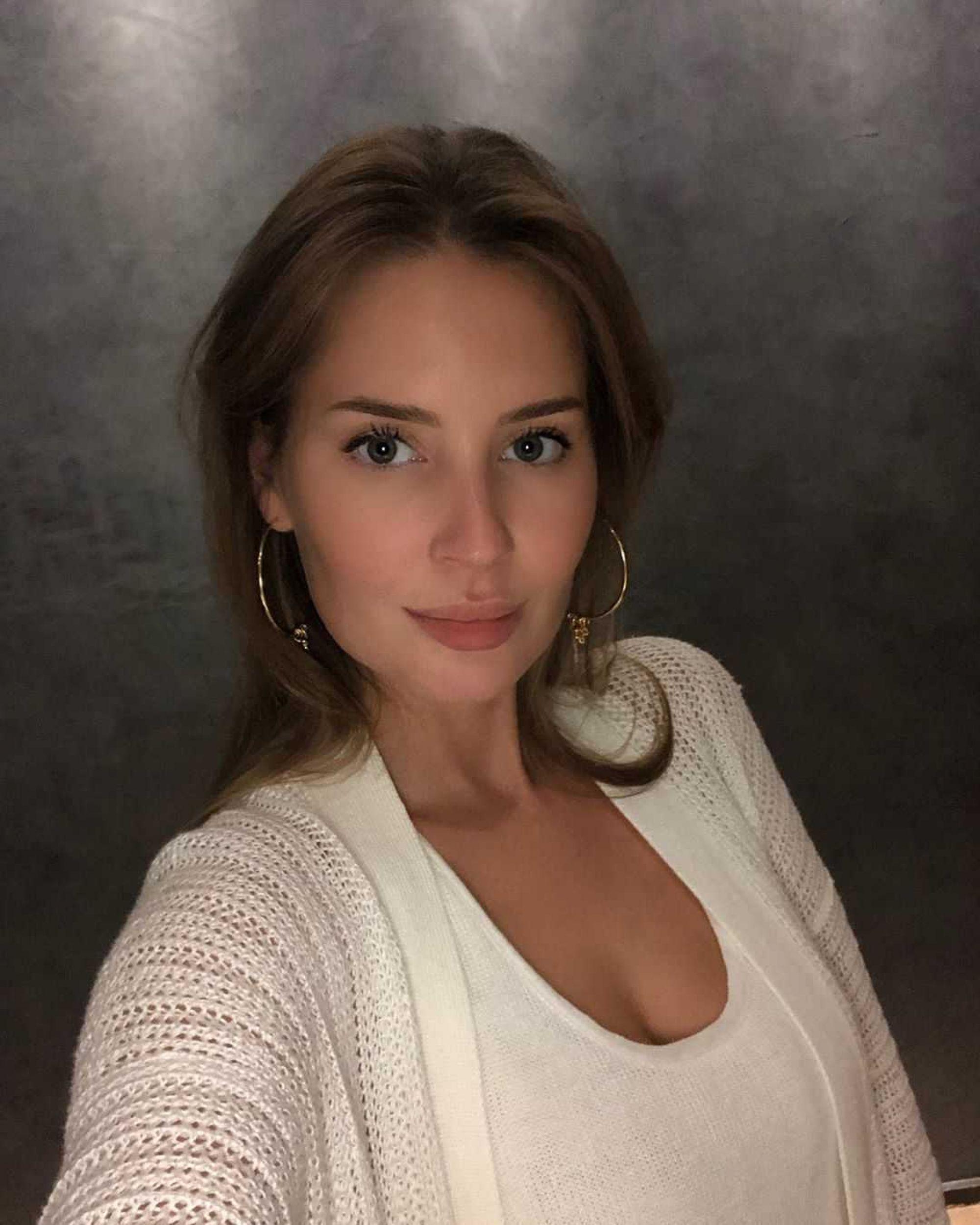 Алёна Гаврилова после расставания с Эмином Агаларовым наша себе новое увлечение