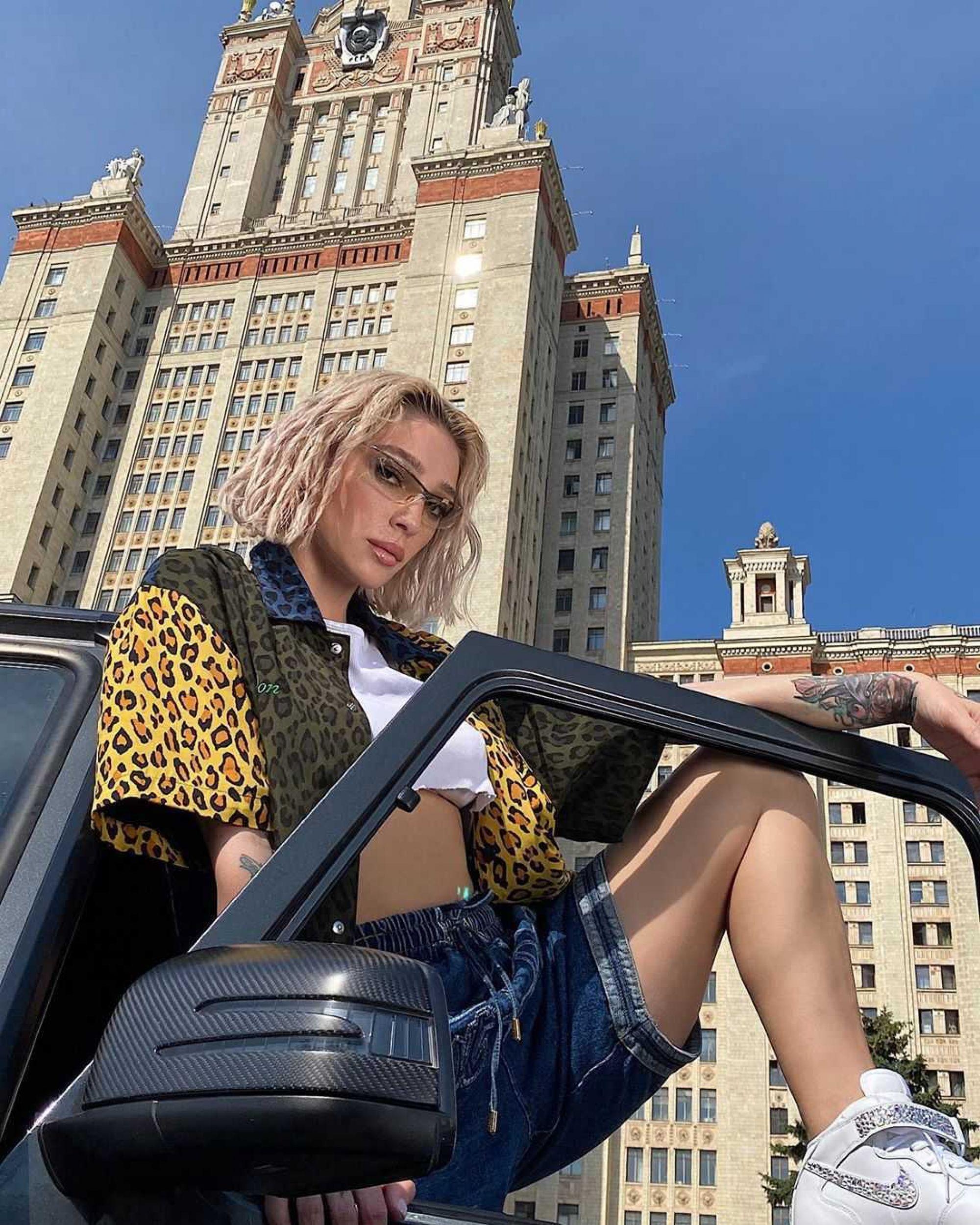Настя Ивлеева рассказала, какой метод помог ей похудеть на 10 килограммов