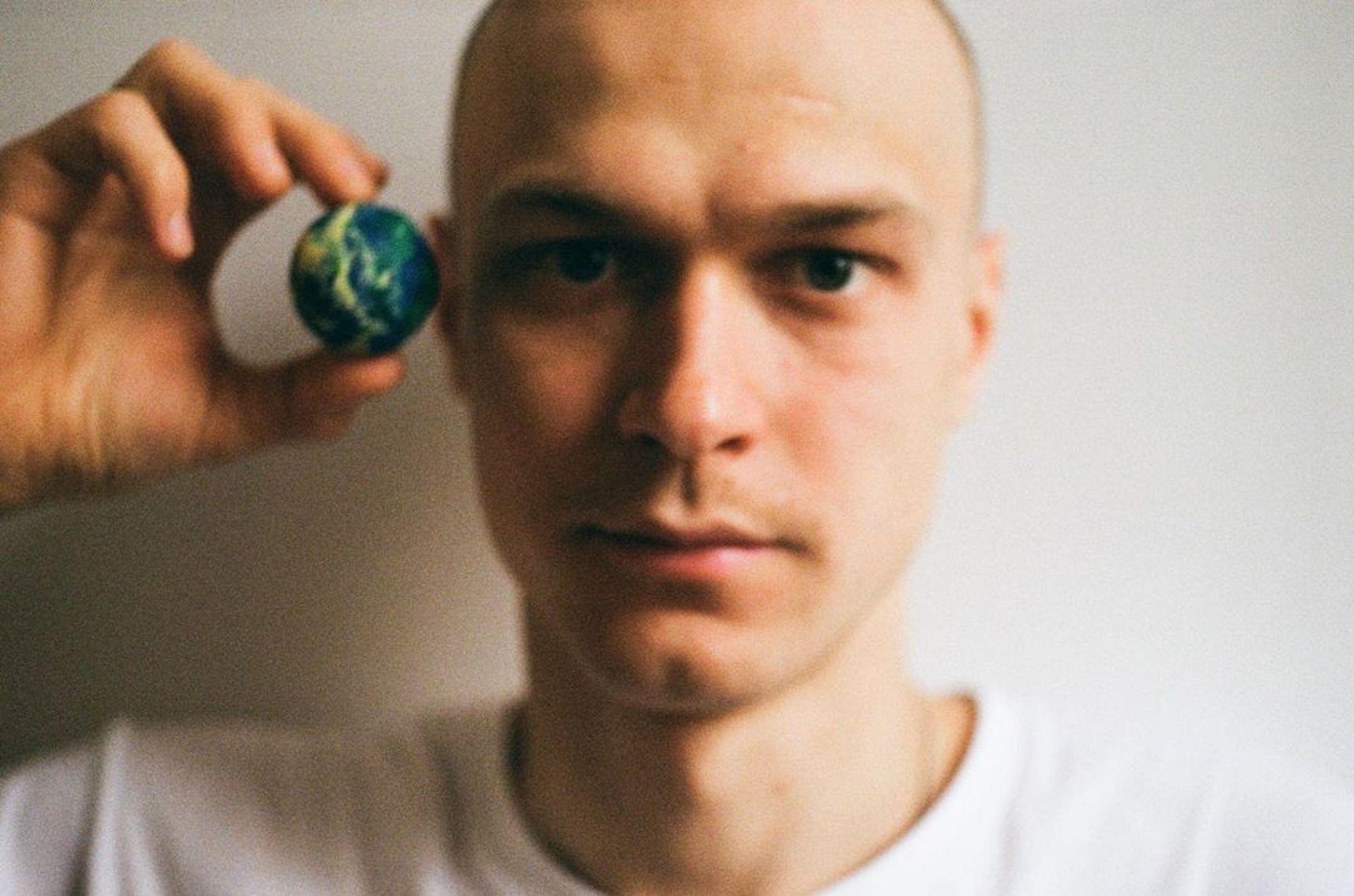 Звезда сериала «Ольга» Юрий Борисов рассказал Юрию Дудю, как принимал наркотики ради роли