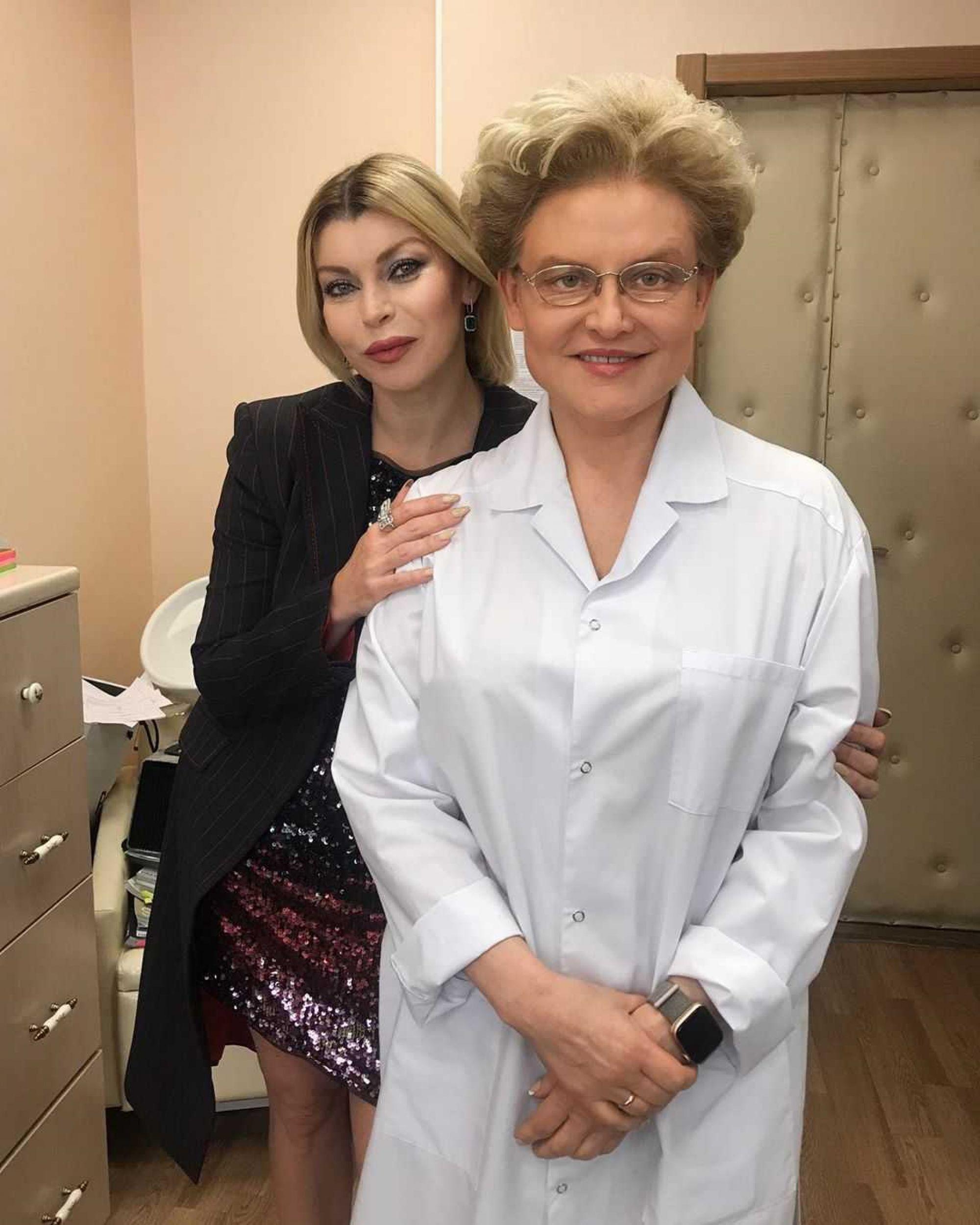 Елена Малышева ответила на слухи о своем уходе с Первого канала