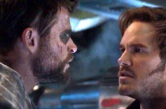 Крис Хемсворт и Крис Пратт к костюмах героев на фото «Тора: Любовь и гром»
