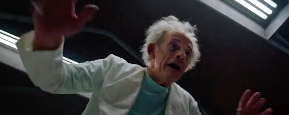 Кристофер Ллойд воссоздал одну из лучших сцен «Рика и Морти» к премьере 9 серии 5 сезона
